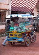 Photos Laos - Tha Khaek - Transports de marchandises