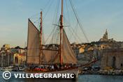 Photos Provence - Le Don du Vent au Vieux-Port