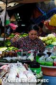 Photos Vietnam - Marchande au marché de Ben Thanh