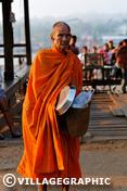 Photos Thailande - Aumône aux moines bouddhistes au levée du soleil